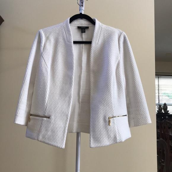 Alfani Jackets & Blazers - Alfani Petite White 3/4 Sleeve Jacket